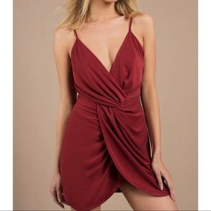 Tobi Amber Red Amber Twist Bodycon Dress